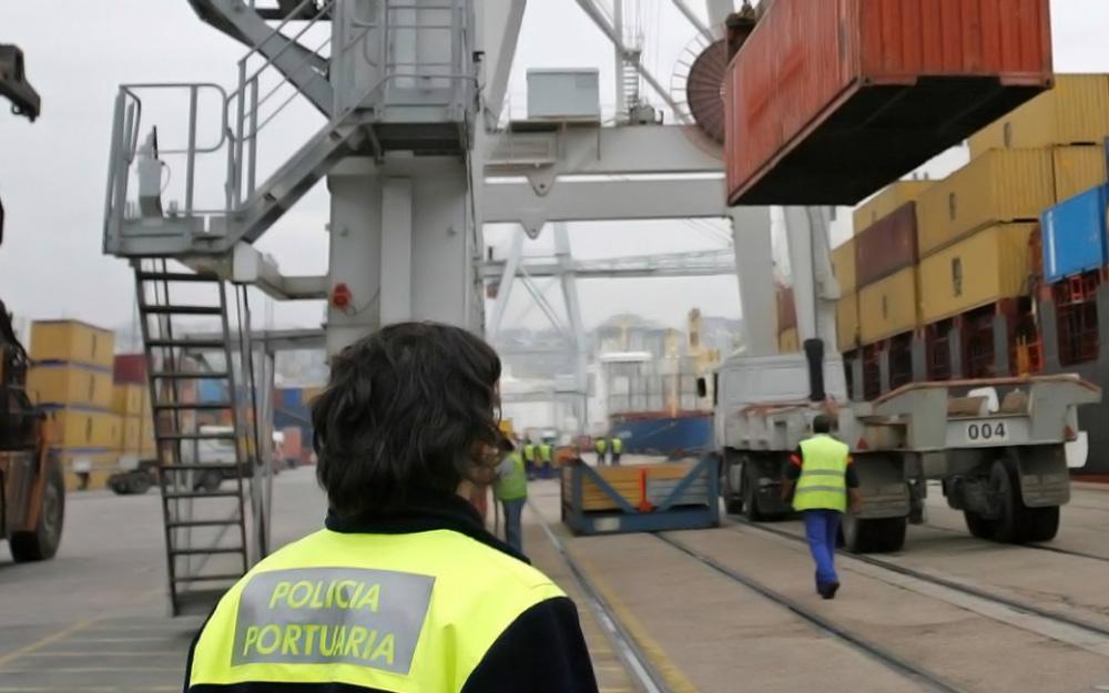 #España: Competencia inicia una ofensiva contra el sector de la estiba